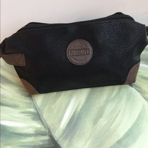 MANSCAPED TOILETRY BLACK CASE